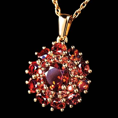 EUROPA GARNET NECKLACE