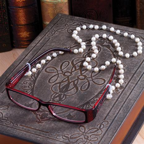 LIBRE READING GLASSES W/ CULTURED PEARL TETHER