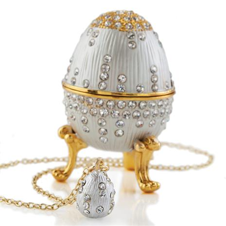 Xenia Egg & Necklace