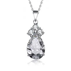 Royal Princess White DiamondAura® Pendant