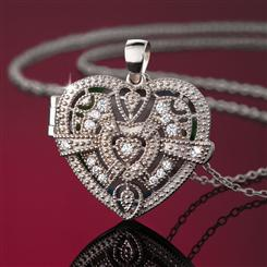 Unforgettable Heart Lock Pendant & Chain