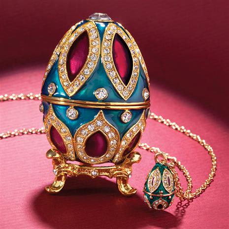 Larissa Egg & Necklace