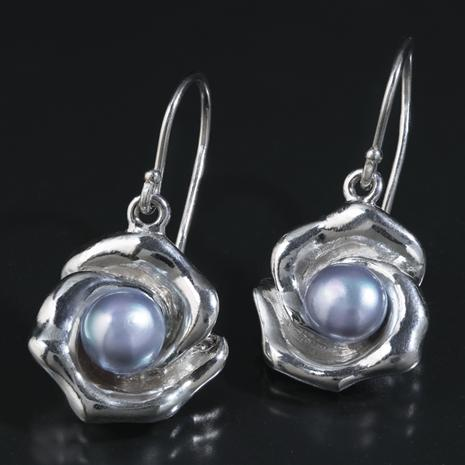 Pearl & Petals Sterling Silver Pearl Earrings