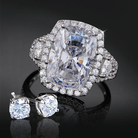 Platinum-Layered Refinement Ring and Stud Earrings