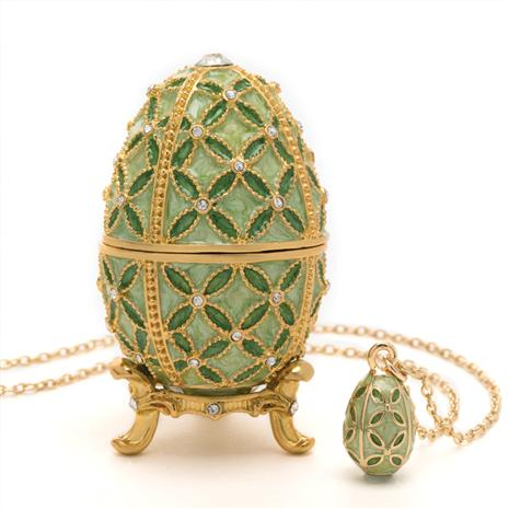 Tamara Egg & Necklace