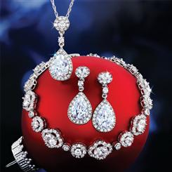 DiamondAura Sparkler Collection