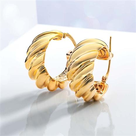 14K Italian Yellow Gold Sculpted Hoop Earrings