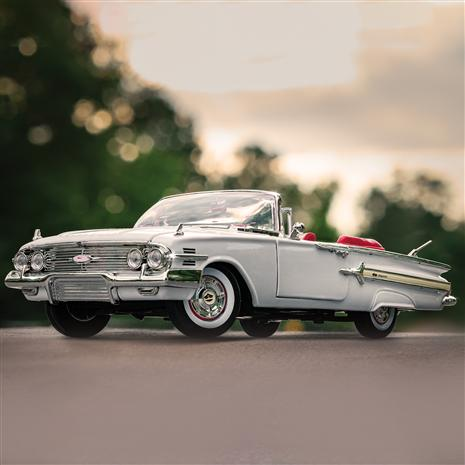 1960 Chevy Impala (White)