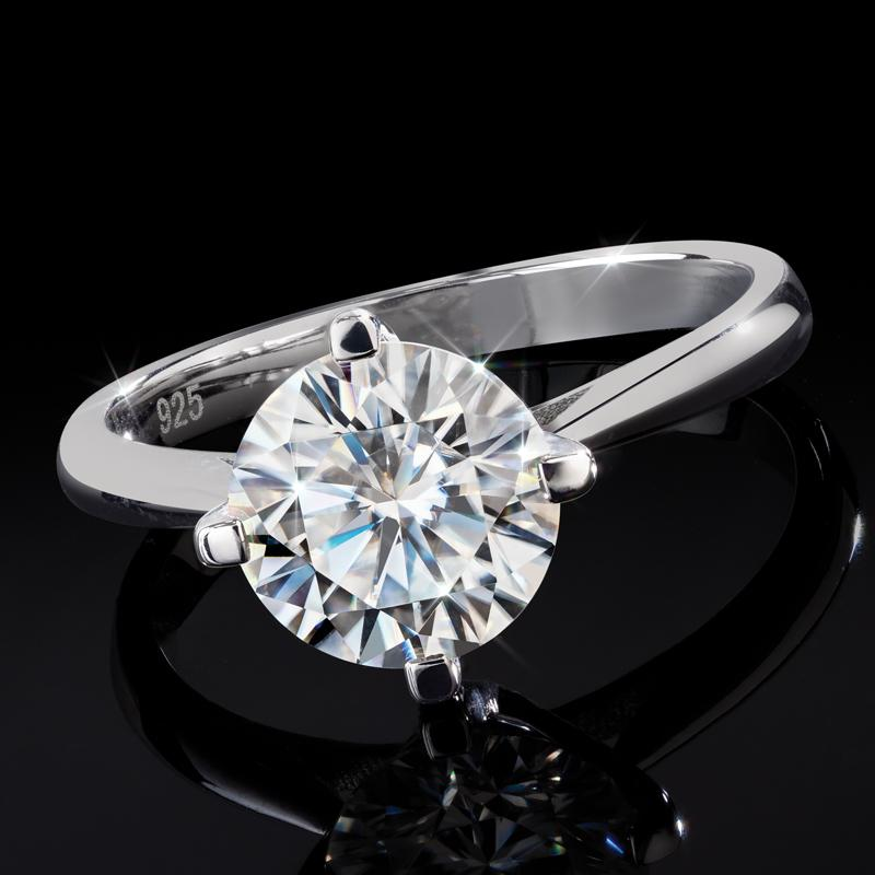 Moissanite Solitaire Ring (2 carat)