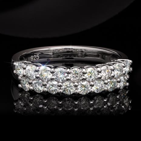 Lab-Created Diamond Ring (1 ctw)