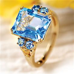 Britannica Blue Topaz Ring