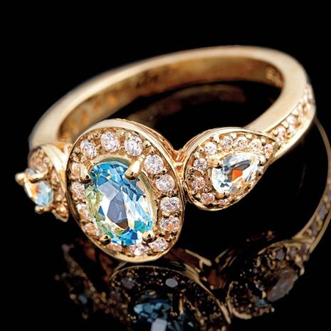 SKY BLUE TOPAZ & DIAMONDAURA® RING