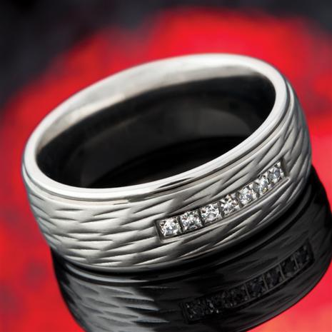 MEN'S CHEVALIER HAMMERED STEEL SILVER RING