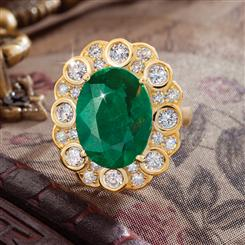 Kerala Emerald Ring