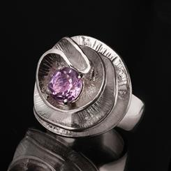 Anenome Poppy Ring