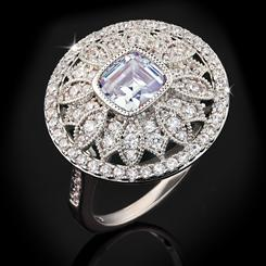 DiamondAura Gimlet Ring