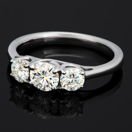 ULTRANOVA Moissanite Collection 3-Stone Ring (1 CTW)