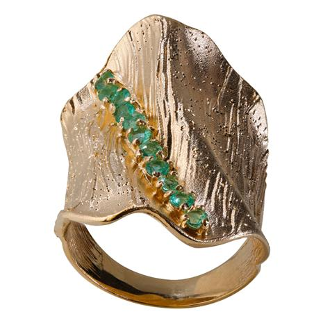 Tuscan Waves Ring (Emerald)