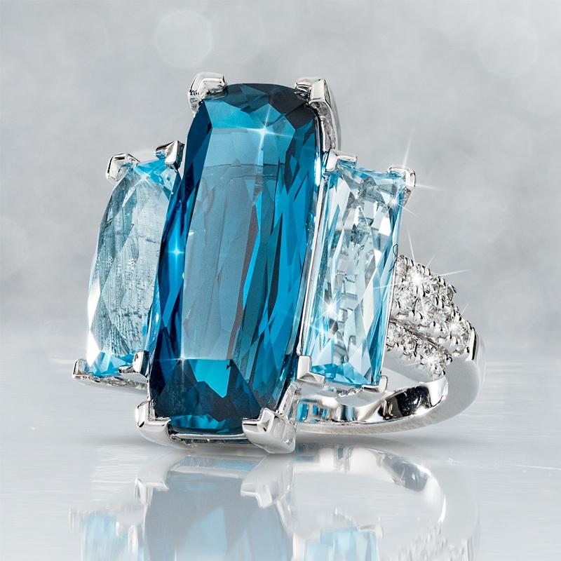 18K White Gold London Blue Topaz & Diamond Ring (13.33 ctw)